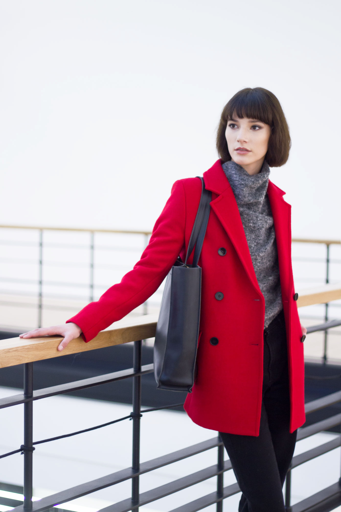 Fiery red autumn and winter coat Joana made from high quality wool and poliamyde mix to keep you warm even in the coldest of days.